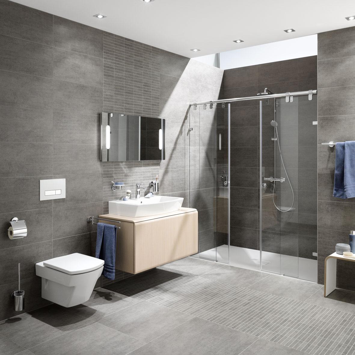 Aus Alt Mach Neu! Nach 25 Jahren Ist Es Meist Wieder Einmal Zeit, Das  Badezimmer Zu Erneuern. Ein Badumbau Steht An.